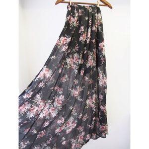 HOLLISTER Black Floral Maxi Skirt w/ Mini Liner